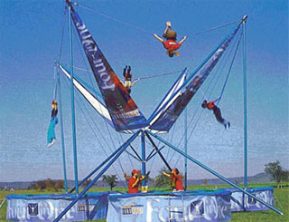Vertical Jumping Eurobungee (35' - Holds 24 Riders)